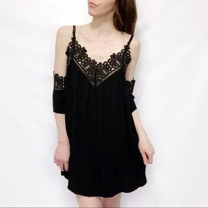 Tobi Black Crochet Lace Trim Gauzy Shift Dress